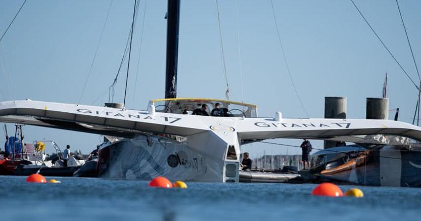 Gitana Team - FLYING OFFSHORE